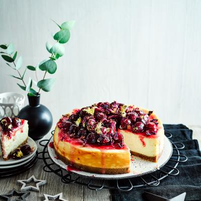 Spiced white chocolate and cherry cheesecake