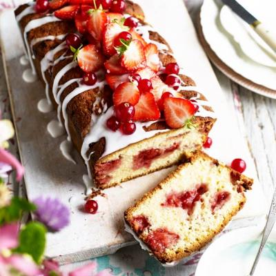Strawberry and redcurrant loaf cake