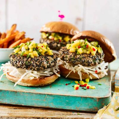 Sesame tuna burgers with chilli mango salsa