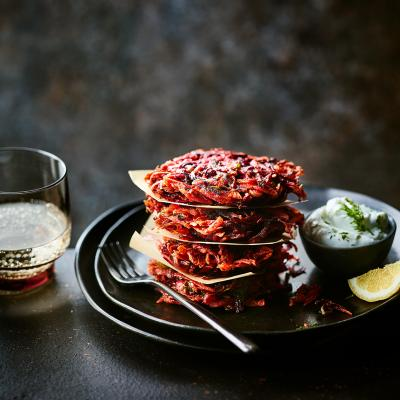 Beetroot and dill fritters with yogurt sauce