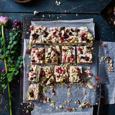 White chocolate and goji fridge cake