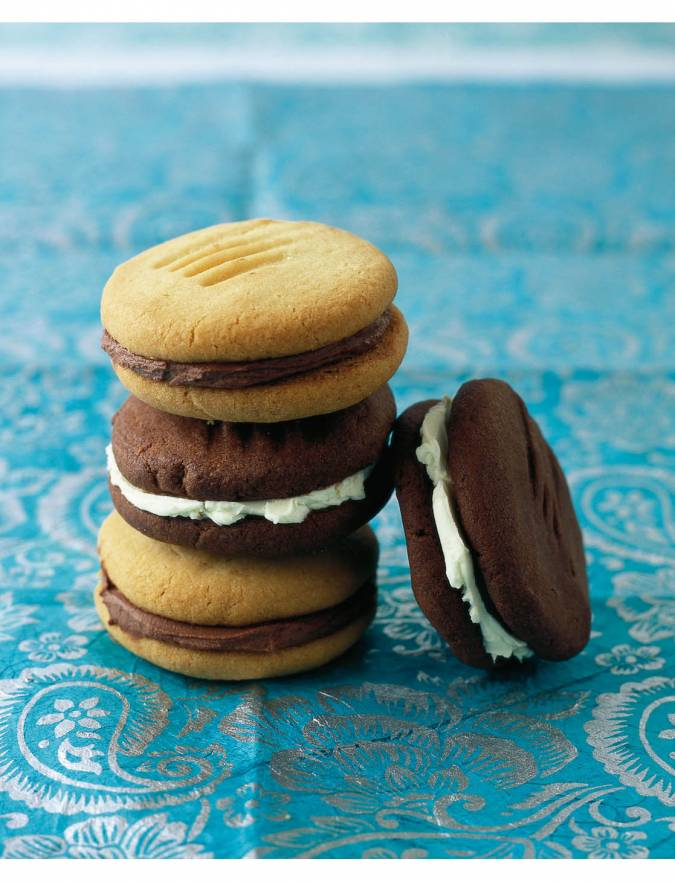 Chocolate And Vanilla Biscuit Sandwiches Sainsbury S Magazine