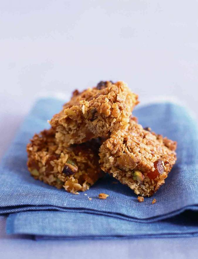 Recipe: Apricot and pistachio flapjacks