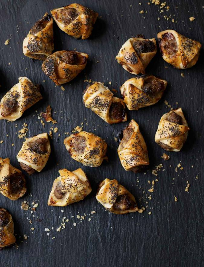 Recipe: Sausage rolls with mustard and poppy seeds