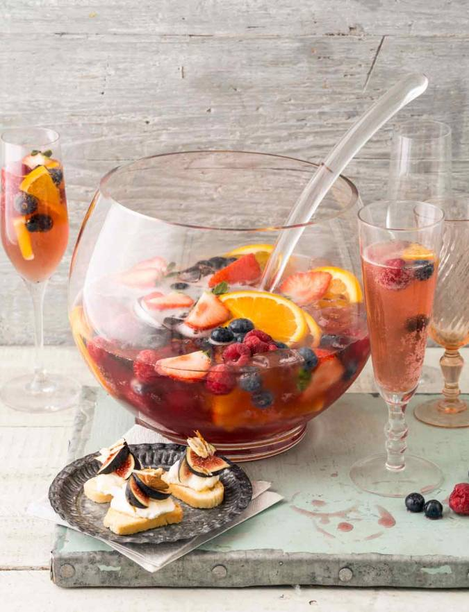 Recipe: Summer fruit tea fizz