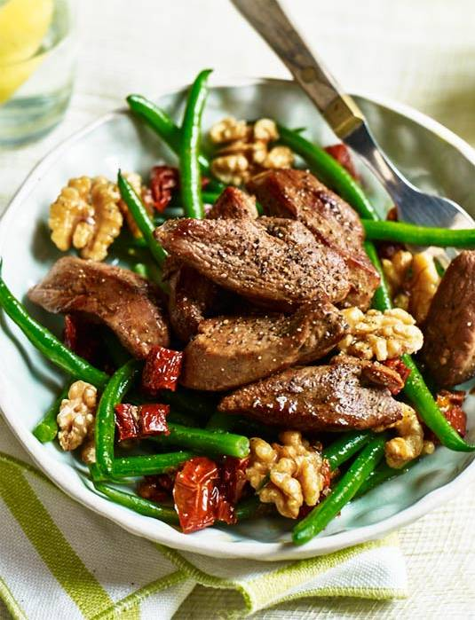 Recipe: Duck, green beans and walnuts