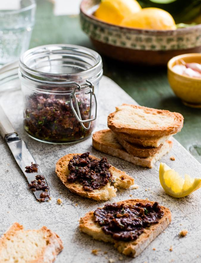 Recipe: Olive, fig and basil tapenade