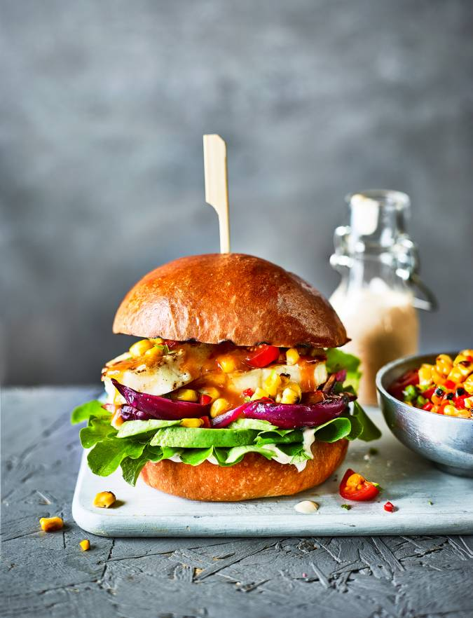 Recipe: Peri peri halloumi burger with sweetcorn salsa
