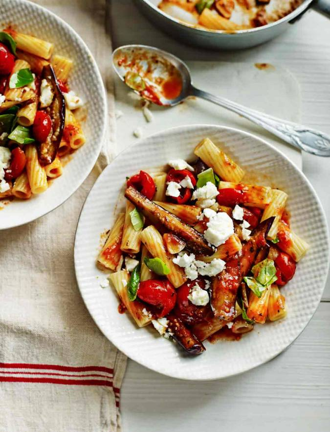 Recipe: Rigatoni with aubergine, tomato, feta and basil sauce