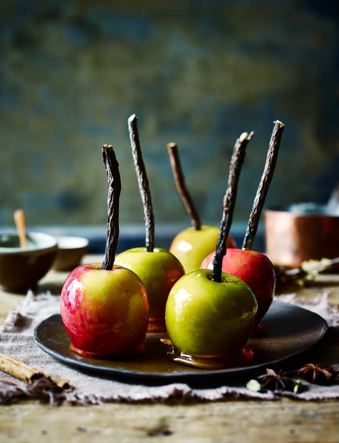 Recipe: Spiced toffee apples