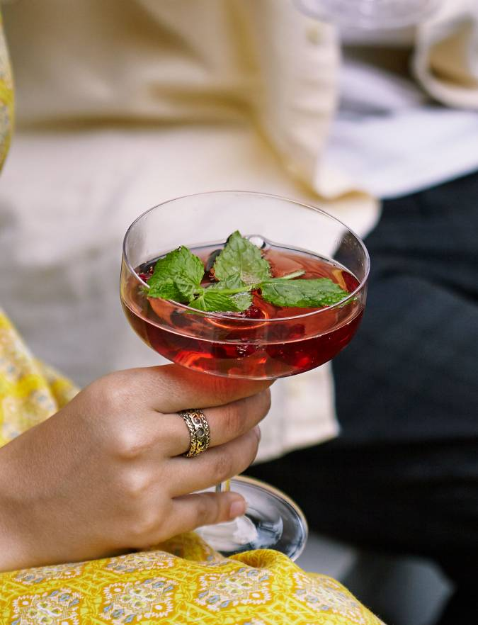 Recipe: Pomegranate and mint Mimosa