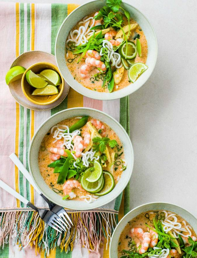 Recipe: Thai red curry noodle soup with prawns