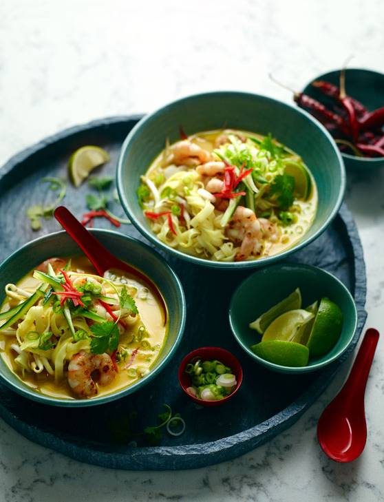 Recipe: Singapore-style prawn laksa