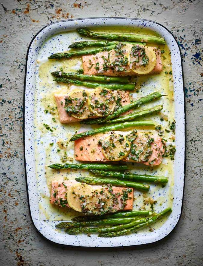 Recipe: Salmon traybake with lemon butter and asparagus