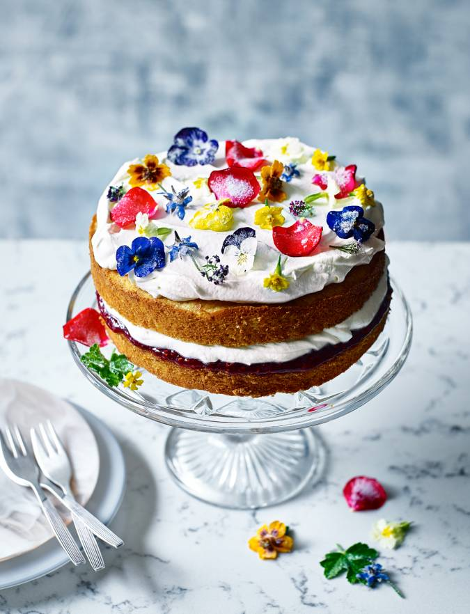Recipe: Rose-scented cake with crystallised flowers