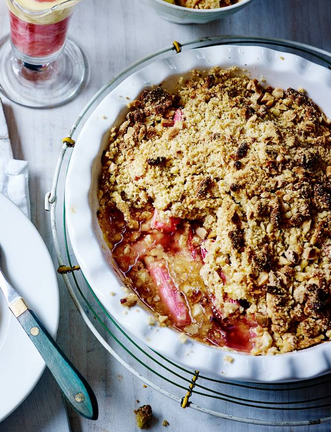 /Rhubarb,-marzipan-and-almond-crumble