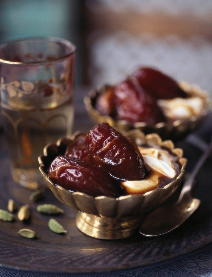 Recipe: Dates with coffee and cardamom