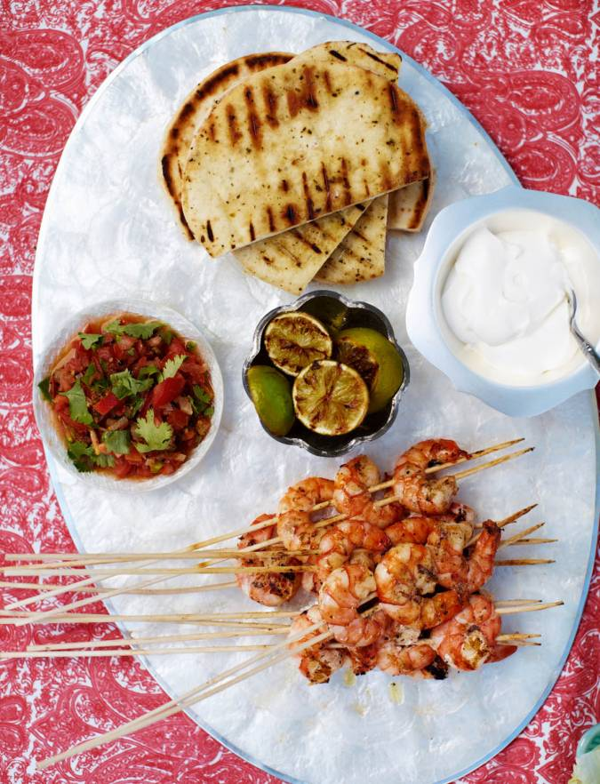 Recipe: Tandoori prawn pockets with tomato salsa