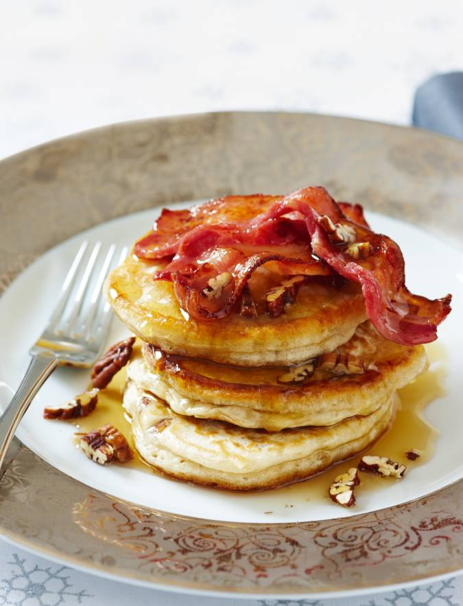 Recipe: Banana pecan pancakes with crispy bacon