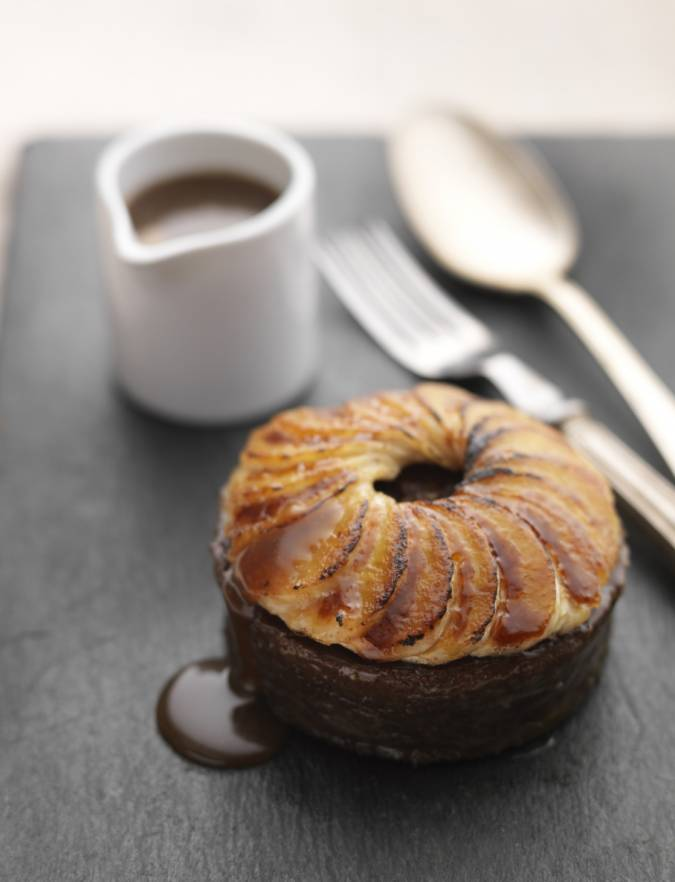 Recipe: Date and toffee puddings with caramelised bananas