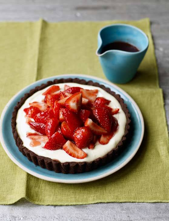 Recipe: Strawberry tumble tart