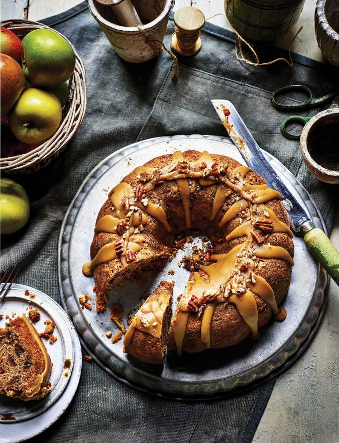 Recipe: Spiced apple cake with maple syrup glaze