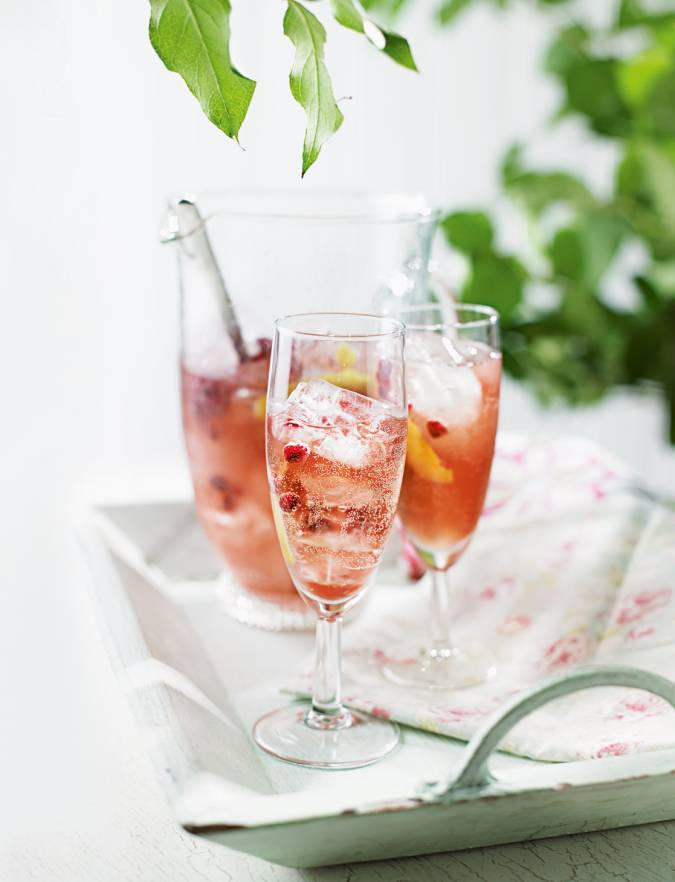 Recipe: Pink fizz punch