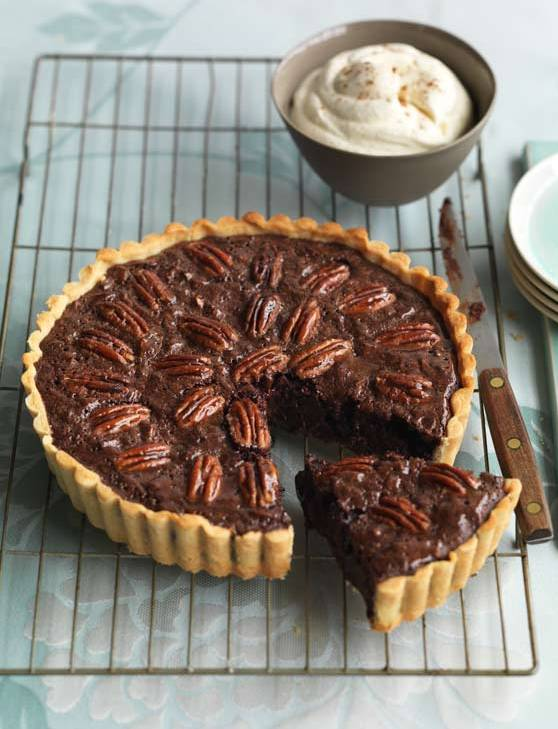 Recipe: Spiced chocolate pecan pie