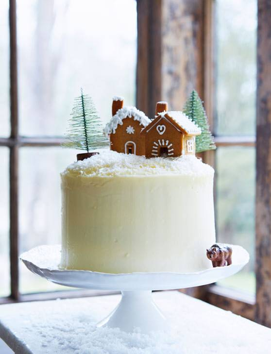 Recipe: Gingerbread layer cake with maple icing