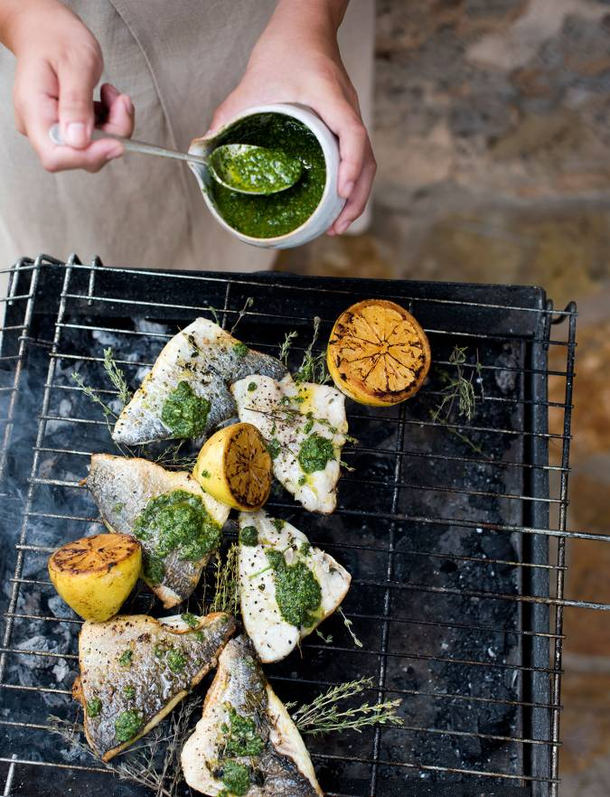 Recipe: Barbecued fish with mojo verde