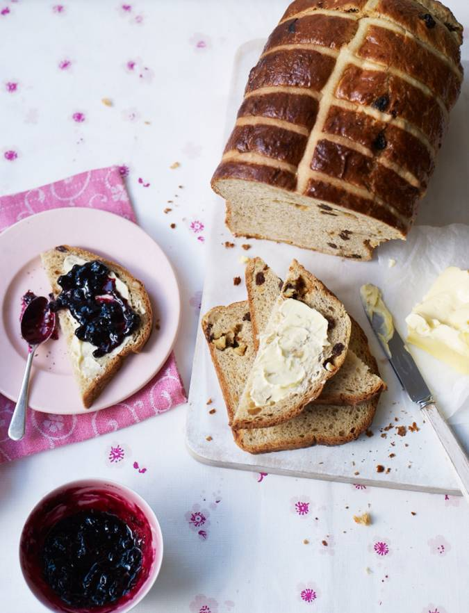 Recipe: Sticky hot cross brioche loaf