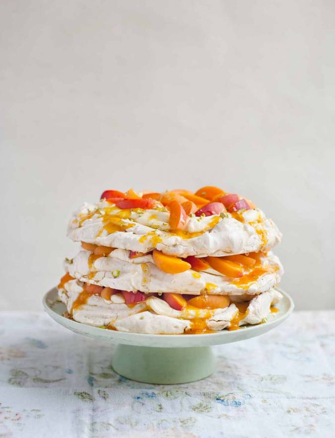 Recipe: Pistachio and apricot meringue layer cake