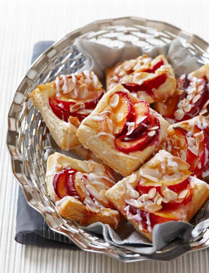 Recipe: Plum and almond breakfast pastries