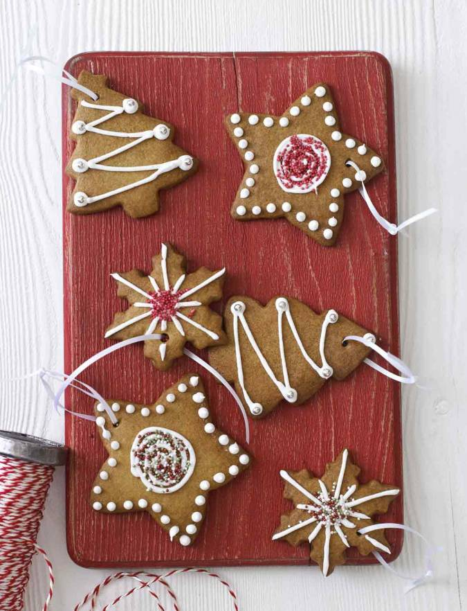Recipe: Spiced tree biscuits