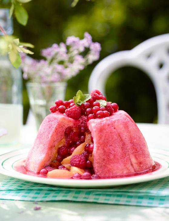 Recipe: Peach melba summer pudding