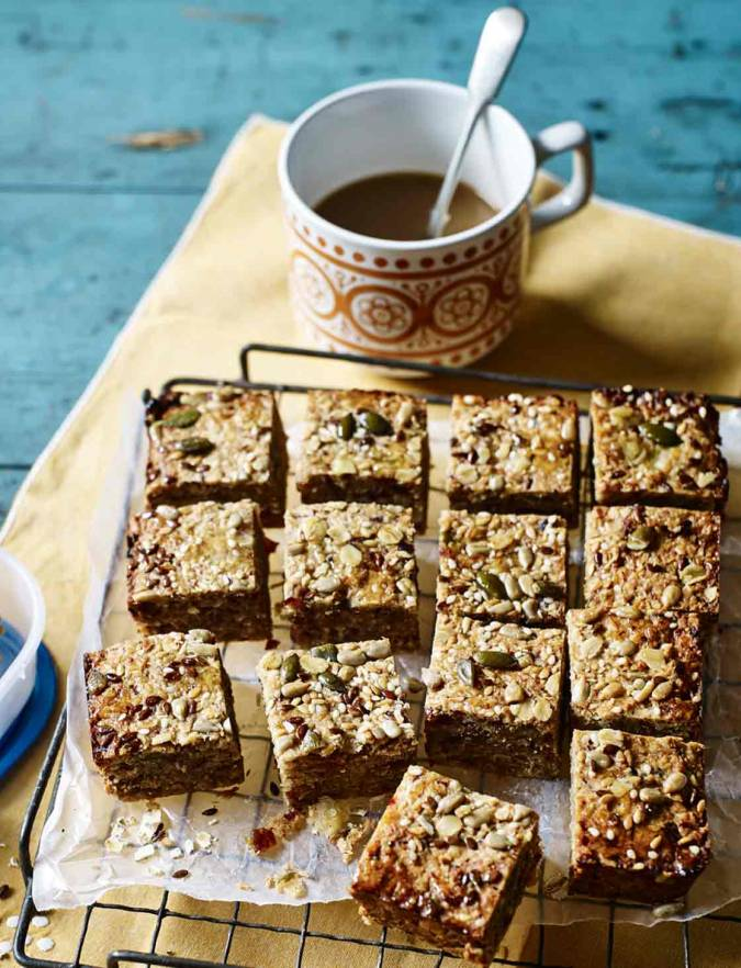 Recipe: Coconut, banana and date breakfast squares
