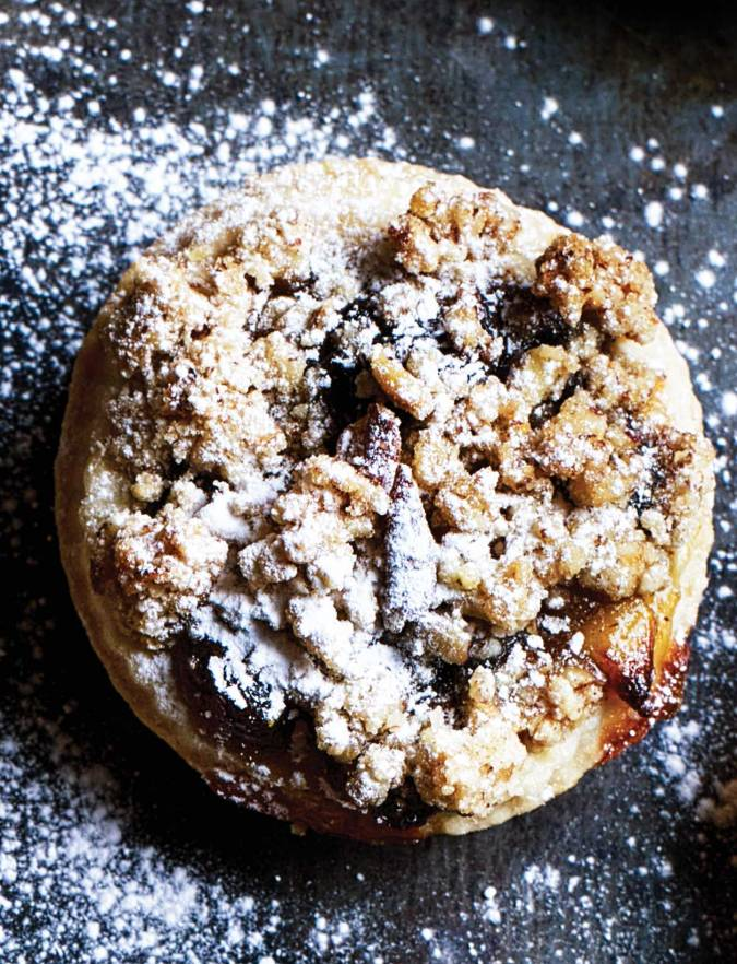 Recipe: Whisky and pecan streusel mince pies