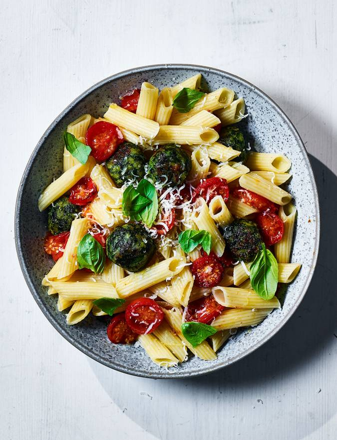 Recipe: Pasta with roasted spinach polpette and tomatoes