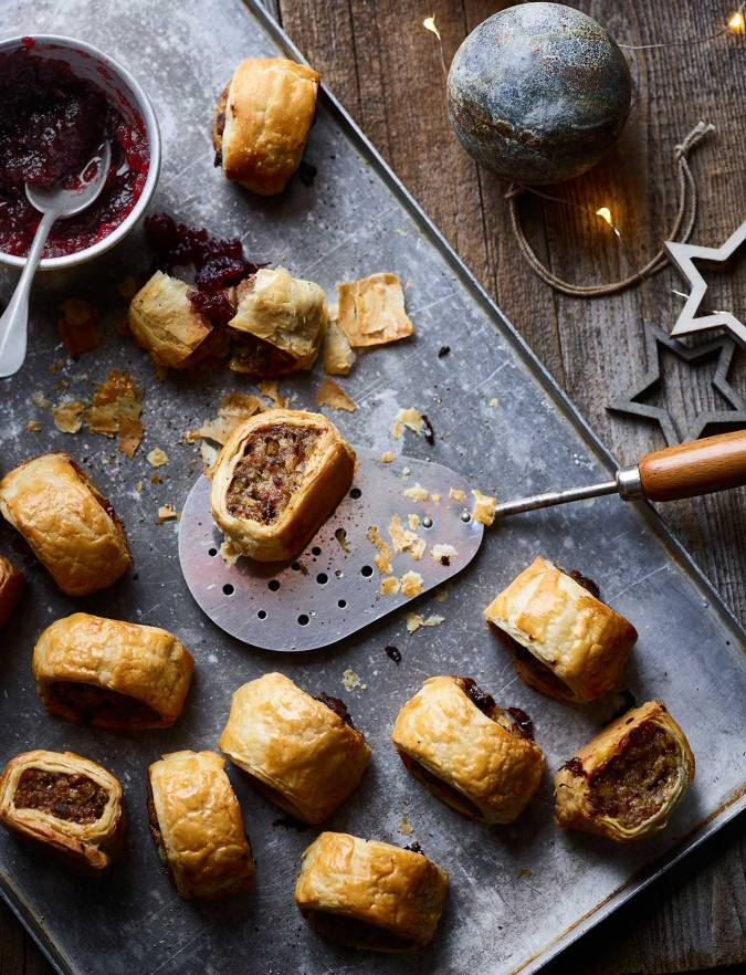 Recipe: Cranberry and sage stuffing sausage rolls