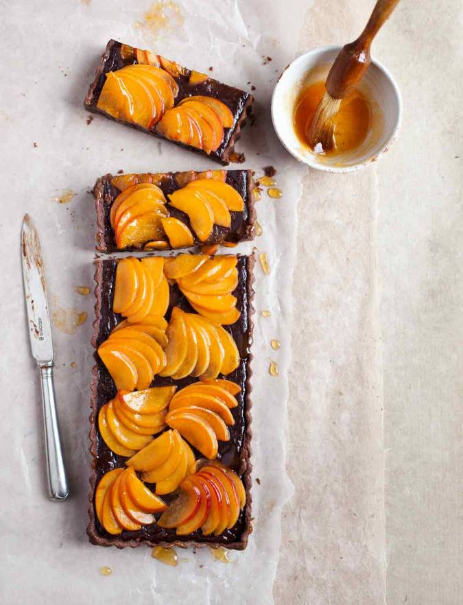 Recipe: Apricot and bitter chocolate tart