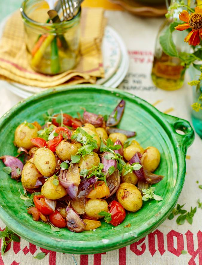 Recipe: Roasted new potatoes, cherry tomatoes and basil