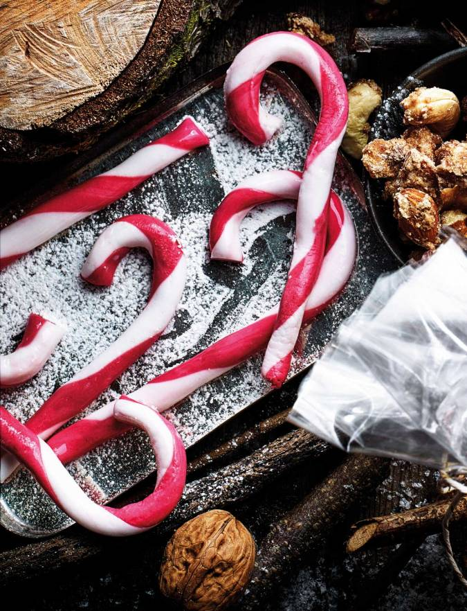 Recipe: Peppermint cream candy canes