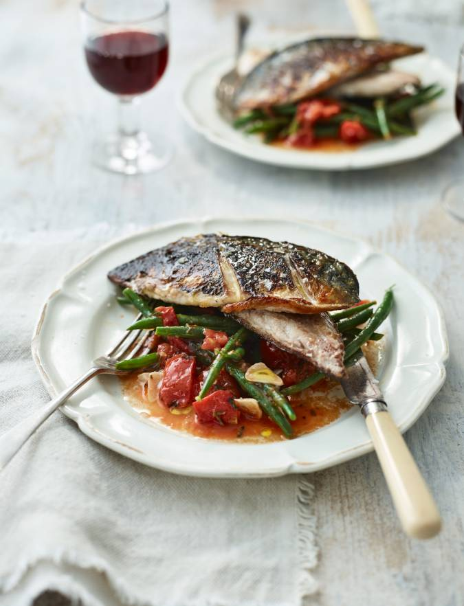 Recipe: Mackerel with garlicky beans