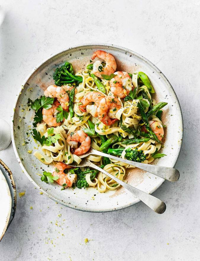 Recipe: Prawn and asparagus tagliatelle