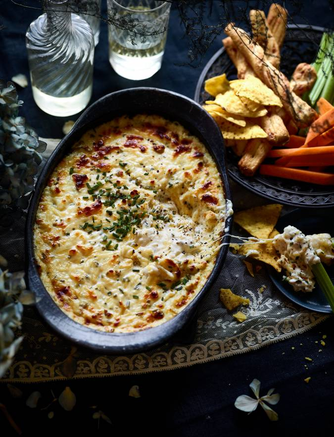 Recipe: Baked cheesy chilli dip