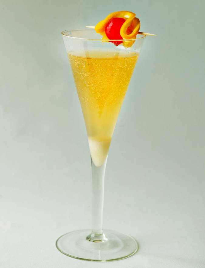 /CHAMPAGNE-COCKTAIL_1120_1460.jpg