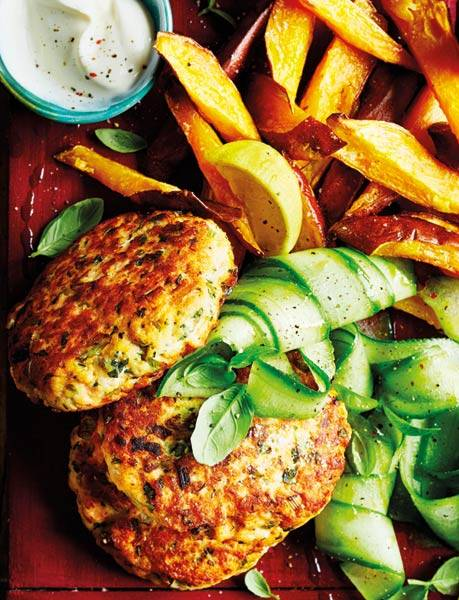 Recipe: Salmon burgers with sweet potato wedges
