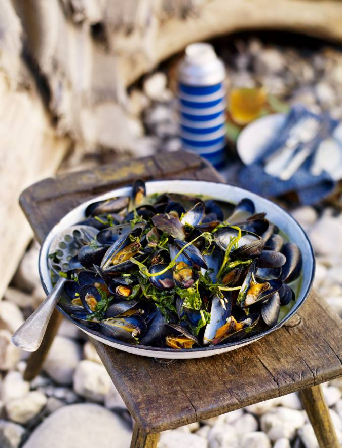 Recipe: Cider and watercress mussels