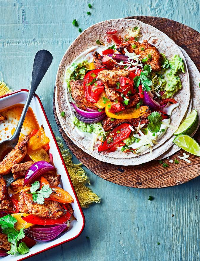 Recipe: Chicken fajita traybake