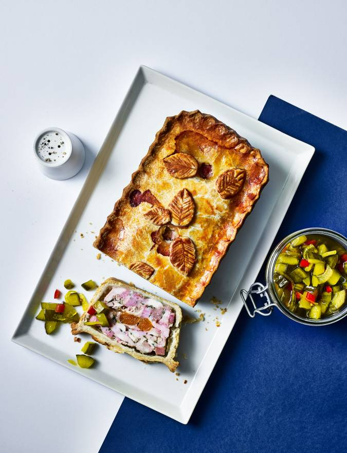Recipe: Chicken, smoked ham and apricot pie